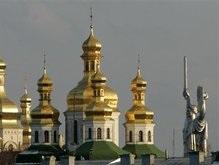 В Московском патриархате не считают Божьей карой удар молнии в Лавру