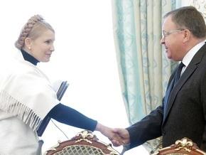 СНБО обязал Тимошенко дать деньги на выборы из резервного фонда