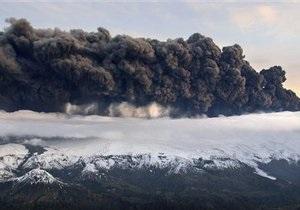 Польша закрыла воздушное пространство из-за извержения вулкана в Исландии