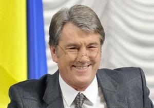 В БЮТ заявили, что Ющенко стал ассенизатором в штабе Януковича