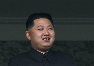 СМИ: Преемник Ким Чен Ира женился