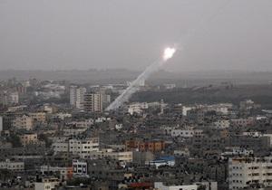 СМИ: В Тель-Авиве слышны взрывы и сирена воздушной тревоги
