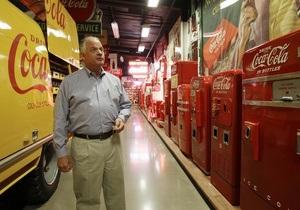 Американская семья продаст свою коллекцию кока-колы