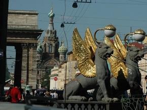 Главный психиатр Петербурга полагает, что счастливые россияне просто больны