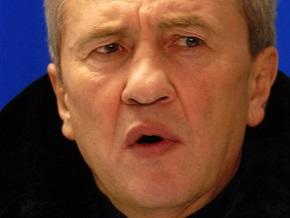 Секретариат Ющенко пригрозил Черновецкому отставкой