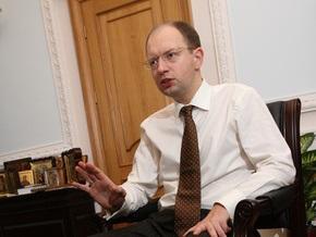 Яценюк: Я люблю Москву, Вашингтон и Брюссель