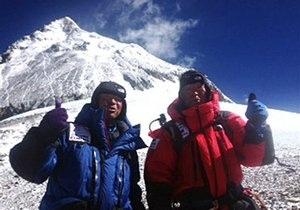 80-летний японец стал самым старшим покорителем Эвереста