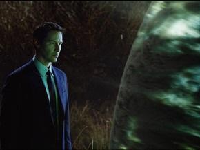 Инопланетянам покажут фильм с Киану Ривзом