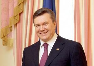 Янукович приступил к работе после операции