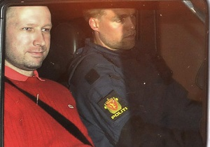 Адвокат норвежского стрелка подозревает, что его клиент невменяемый