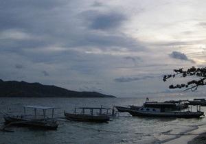 У берегов острова Калимантан затонуло судно: 18 погибших