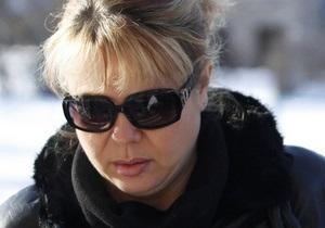 СМИ: Украинская медсестра Каддафи при отправке на родину устроила дебош