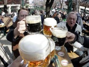 Ученые: Алкоголь начинает убивать мозг через шесть минут после употребления