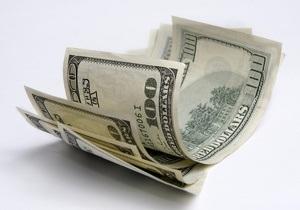 Гривна открывает поствыборный период на межбанке снижением к доллару