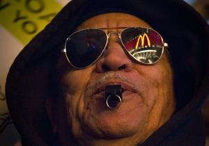 Сотрудники McDonald s и Burger King бастуют из-за низких зарплат