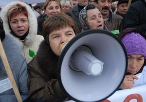 Во Львовской области предприниматели перекрыли международную трассу Киев - Чоп