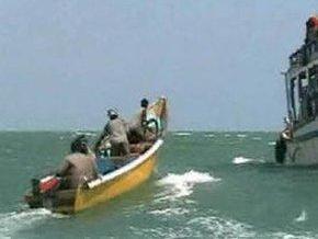 Экипаж ливийского танкера отбился от пиратов водяной пушкой