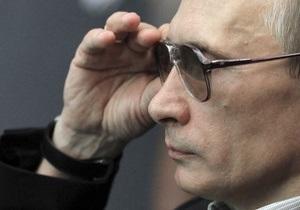 Немцов пересчитал резиденции, самолеты и яхты Путина