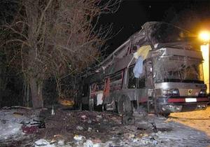 Перевернувшийся ночью автобус следовал из Киева в Буковель
