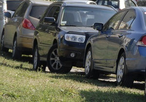 В Киеве построят новые парковки