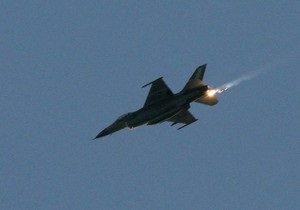 Авиация Турции нанесла массированный удар по позициям курдских боевиков
