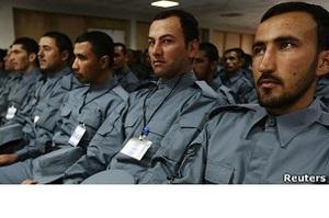 Афганская полиция: коррупция, героин и  чайные мальчики  - расследование Би-би-си