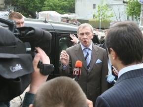 Черновецкий организует выставку личных автомобилей