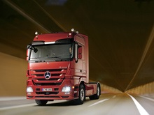 Дальнобойщикам представят новый Mercedes-Benz Actros!