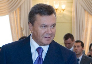 Опрос: Половина украинцев считают, что Янукович защищает собственные интересы
