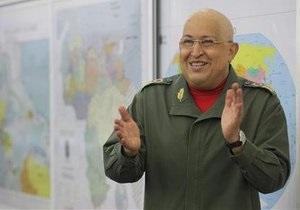 Глава МИД Венесуэлы: Чавес шутит и идет на поправку