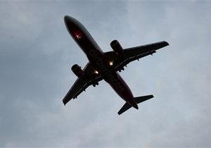 Пассажирский самолет совершил аварийную посадку в аэропорту Харьков