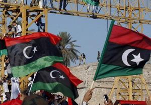 ПНС сообщил, что сын Каддафи готов сдаться суду. МУС не подтверждает эту информацию