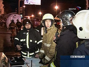 Из-за пожара в здании Московского авиационного института прогремели два взрыва