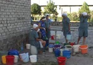 Правозащитники: Заключенные Мариупольской колонии ограничены в доступе к воде