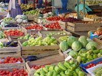 Предприниматели Троещинского рынка пикетируют районную власть