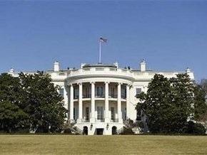 Белый дом извинился за инцидент с самолетом Обамы
