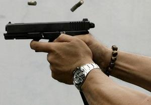 Мужчина открыл стрельбу в киевском кафе (обновлено)