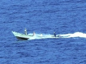 Голландское судно отбилось от сомалийских пиратов