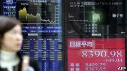 Азиатские биржи падают после известий из Европы