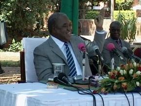 Президент Замбии распорядился выселить обезьян из своей резиденции