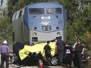Недалеко от Детройта поезд столкнулся с автомобилем: пятеро погибших