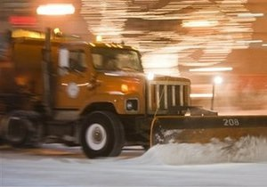 В центральных регионах США из-за снежных бурь объявлена тревога