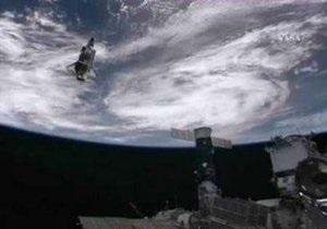 Шаттл Atlantis направился к Земле