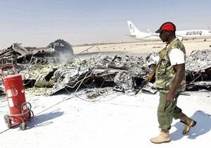 Силы Каддафи нанесли удар по аэропорту в Триполи