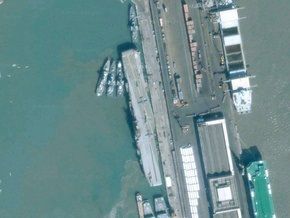 Индийские власти арестовали два пакистанских торговых судна