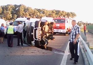 В Житомирской области перевернулся рейсовый автобус, пострадали семь человек