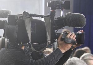 На заседании суда по жалобе Луценко телеканалам запретили снимать судей и прокуроров