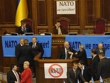Янукович просит НАТО не рассматривать письмо украинских властей