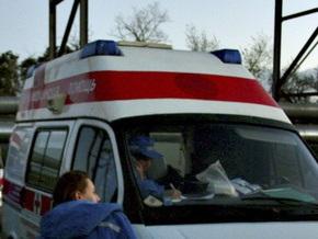 Отравившийся вафлями  запорожец бился головой об машину скорой помощи