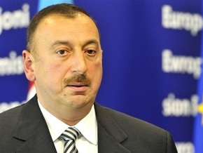ВВП Азербайджана вырос почти на четыре процента